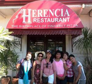 Herencia serves specialty pizza. Dinuguan pizza surprisingly was a favorite of the kids, they also tried Pinakbet pizza, Bagnet Pizza and Gamet (Seaweed) Pizza.