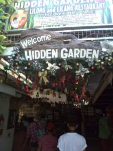Hidden Garden – photo ops galore with kids. Don't make them try the ginger drinks. Most if not all are too strong for kids to take.