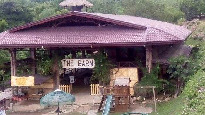 The Barn – is where kids can explore where the camel and horses stalls are. It comes complete with hay and visiting it takes you to a real barn experience as kids can choose to feed, pet or interact with animals.